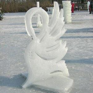 Sochy z ledu